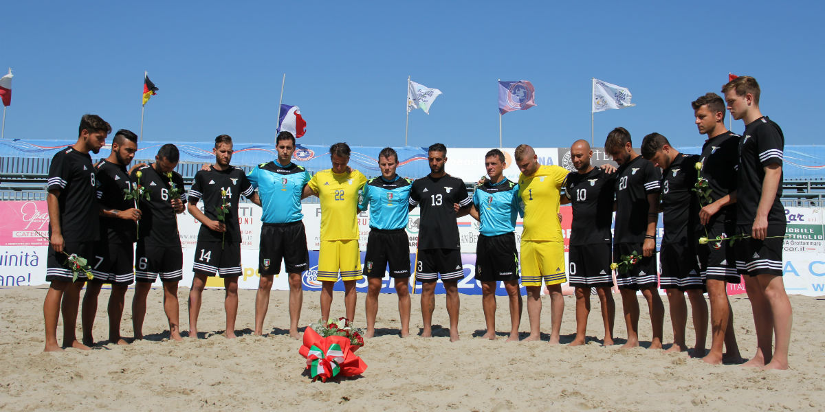 Beach Soccer in lutto